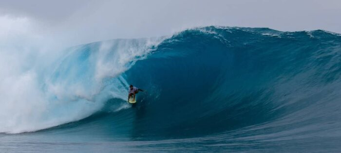 The Last Man in the Mentawai – Episode 1 – Kandui Left Swell of the Year