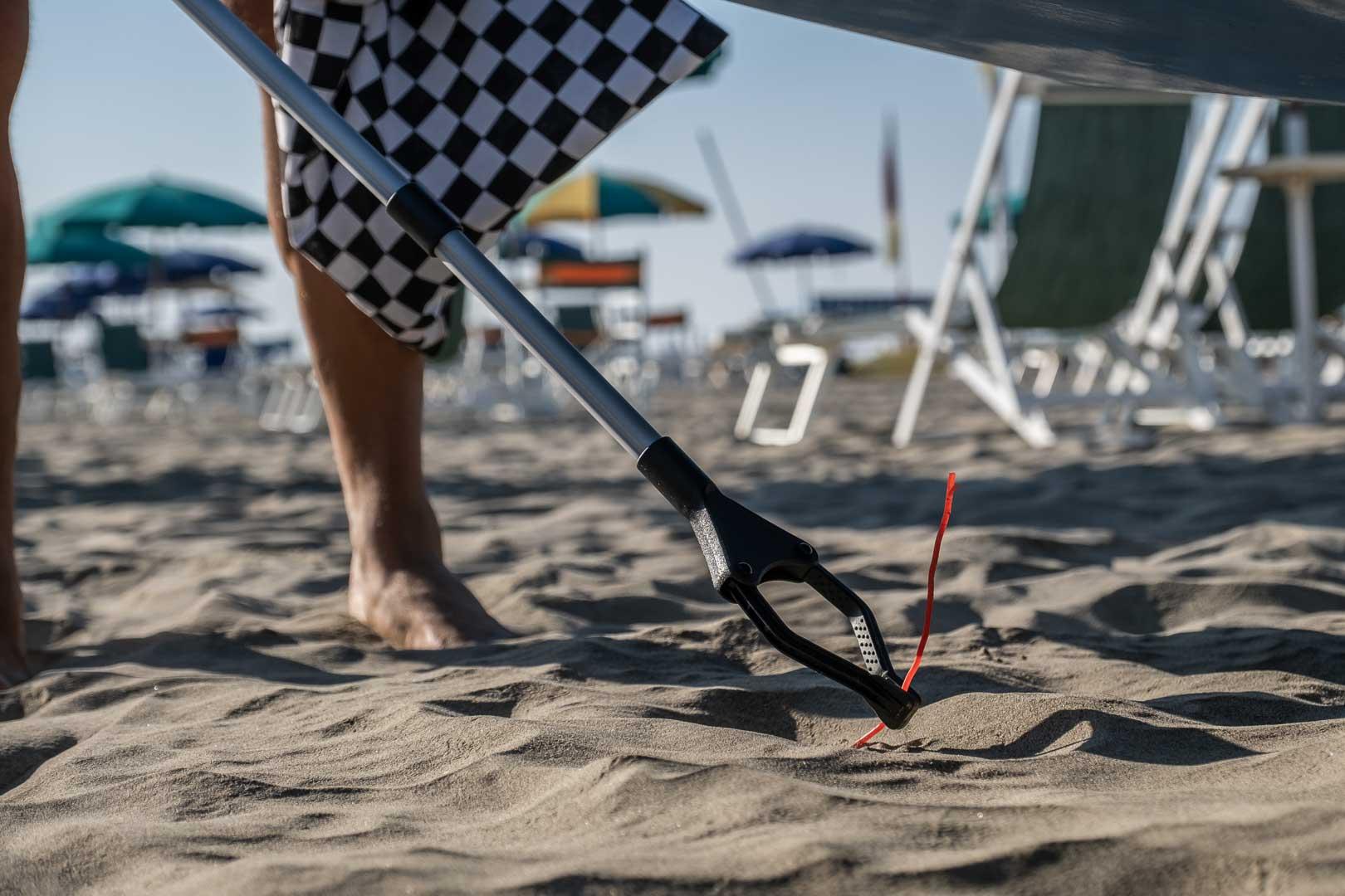 VANS BEACH CLEANING-14